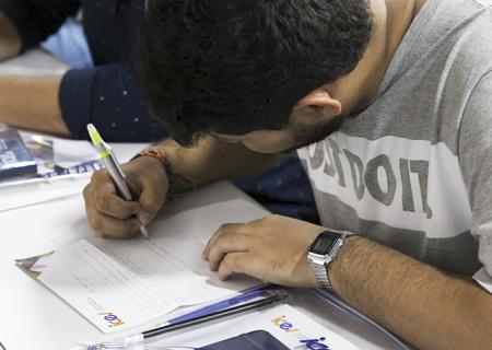 Carta para o eu do futuro: dinâmica emocionante marca o primeiro dia de aula no iCEV