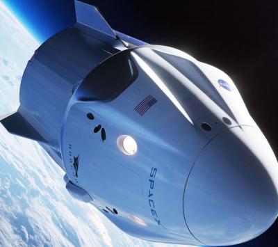 SpaceX realiza com sucesso lançamento da primeira viagem só com civis ao espaço